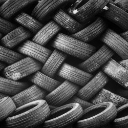 Kam s použitými pneumatikami ?