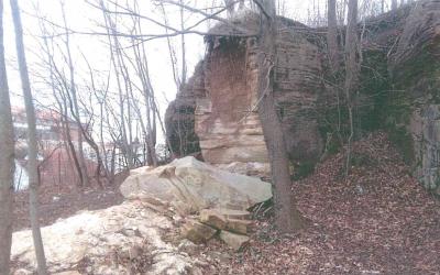 Závěrečná zpráva skalní stěny