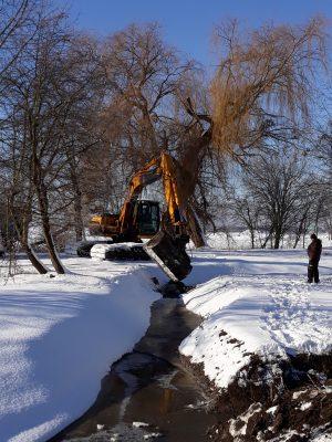 Budování malých vodních ploch na Svépravickém potoce