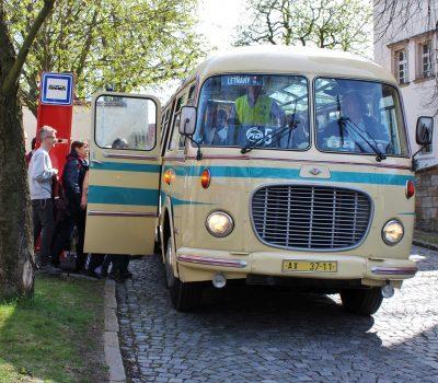Autobusovy den