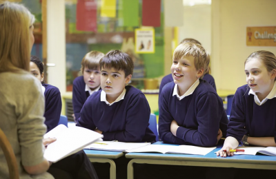 ZŠ RATIBOŘICKÁ PŘIJME UČITELKU/UČITELE PŘÍRODOPISU – ZEMĚPISU